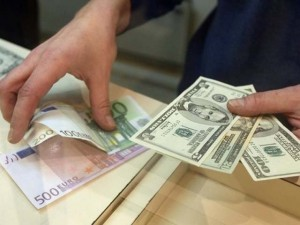 Валютные кредиты обойдутся в два раза дороже
